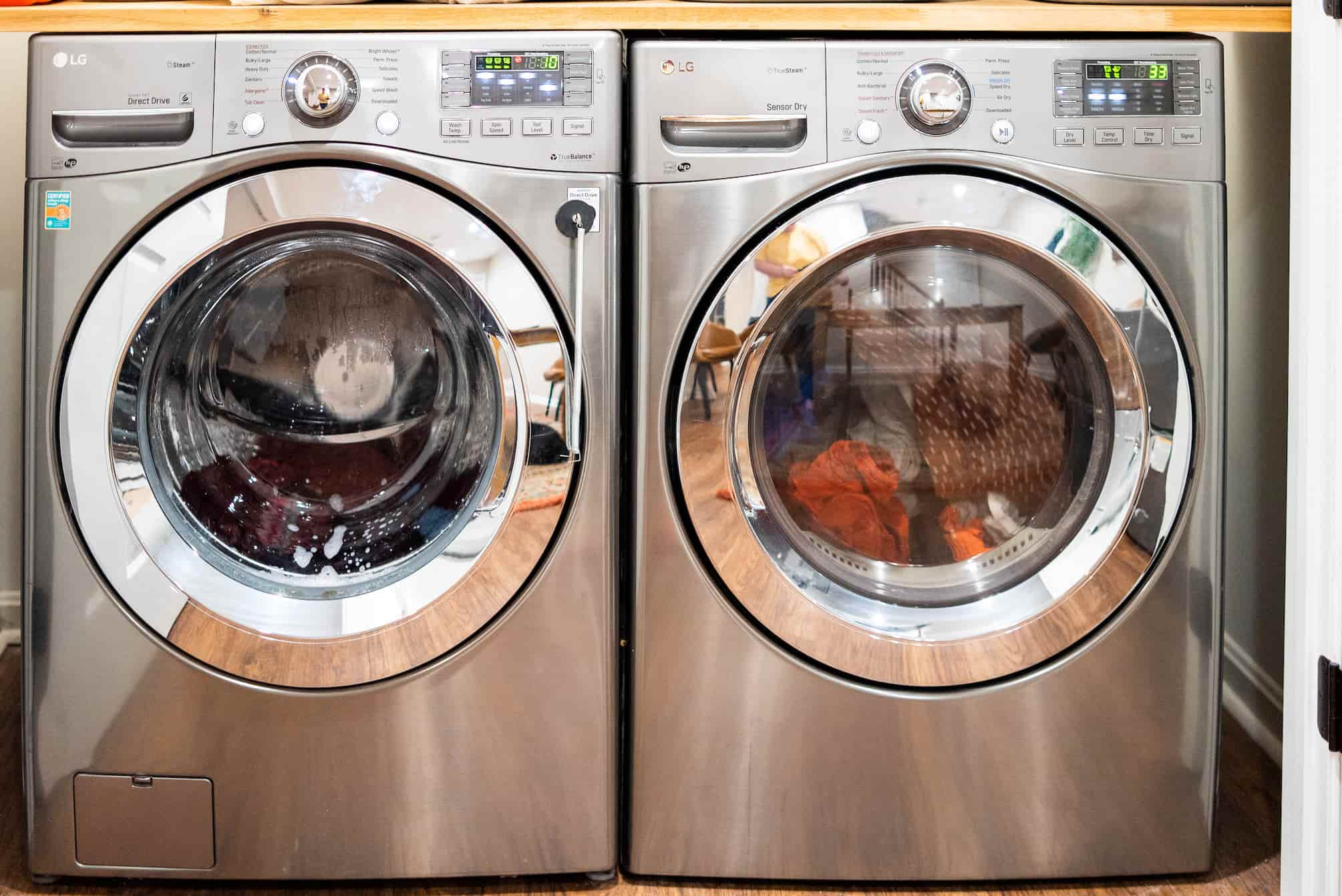 DIY Without Fear   How To Remove The Pedestal From A Washer And Dryer (4 Steps)